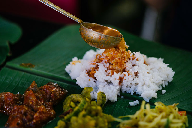 banana leaf rice3.jpg
